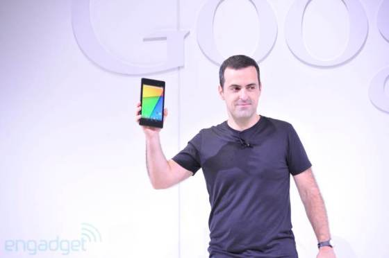 Google unveils the new Nexus 7 (Photo Credit: Engadget)
